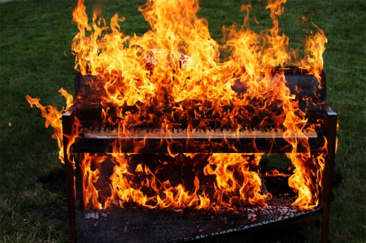 piano-on-fire2